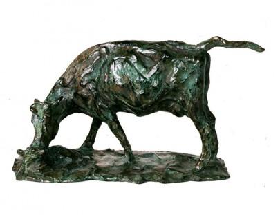 petite vache lechant son veau  130 x 240 x 100  edition epuisee